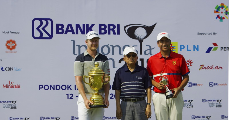 https: img-k.okeinfo.net content 2018 07 15 43 1922666 justin-harding-jawara-golf-indonesia-open-2018-m0fVuqX6QC.jpg