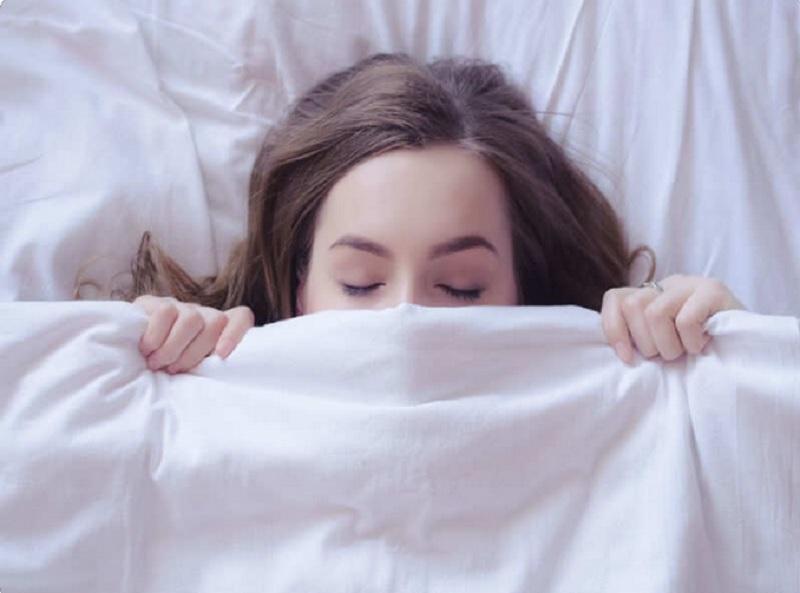 https: img-k.okeinfo.net content 2018 07 20 481 1924951 tidur-selalu-pakai-celana-dalam-ini-dampaknya-bagi-miss-v-LAiYBz3HjT.jpg