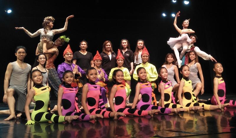 https: img-k.okeinfo.net content 2018 07 26 205 1927910 kembali-digelar-indonesia-dance-company-hadir-dengan-tema-it-s-showtime-y4yUbHLAtT.jpg
