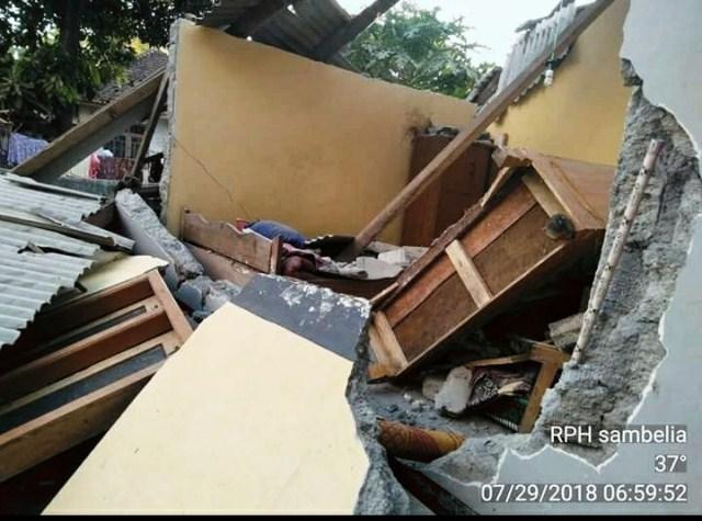 https: img-k.okeinfo.net content 2018 07 29 340 1928851 korban-tewas-gempa-lombok-bertambah-jadi-10-orang-oY1lqU4KmF.jpeg