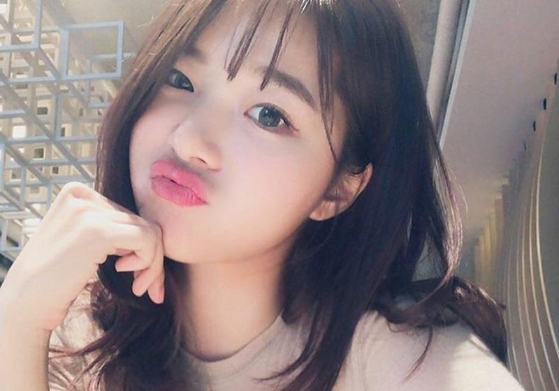 https: img-k.okeinfo.net content 2018 08 02 194 1930840 intip-gaya-busana-seksi-gao-qian-si-pemilik-bokong-terindah-asal-china-PfMxCyN2J5.jpg