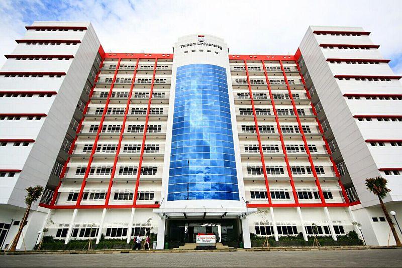 https: img-k.okeinfo.net content 2018 08 07 65 1933009 telkom-university-raih-peringkat-1-website-pts-di-indonesia-YRMTV9B0oZ.jpg