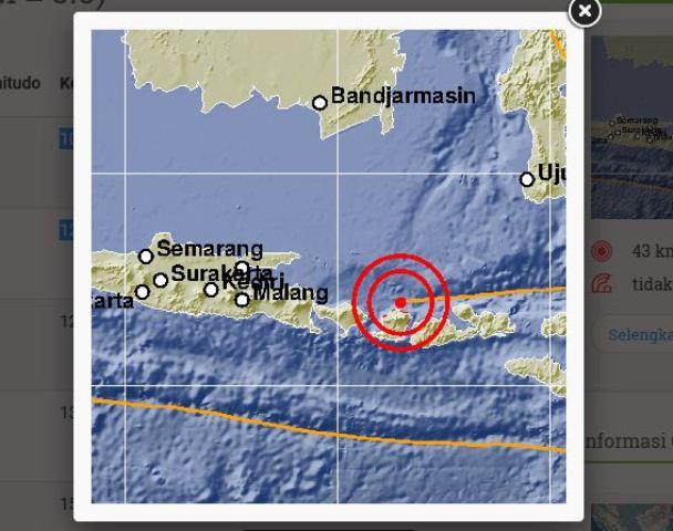 https: img-k.okeinfo.net content 2018 08 10 340 1934960 gempa-susulan-5-sr-kembali-guncang-lombok-malam-ini-YRndBOqDal.jpg