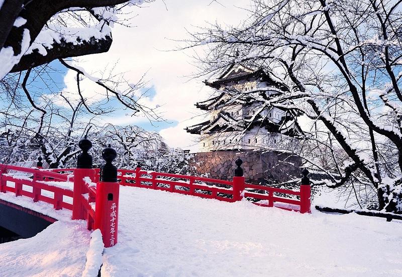 https: img-k.okeinfo.net content 2018 08 10 406 1934647 musim-salju-jadi-waktu-terbaik-untuk-liburan-ke-jepang-P0ExexHPtX.jpg