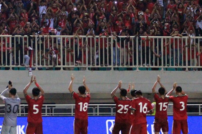 https: img-k.okeinfo.net content 2018 08 10 601 1934557 jumlah-tiket-yang-sudah-terjual-di-cabor-sepakbola-asian-games-2018-bessMg8Qzx.jpg