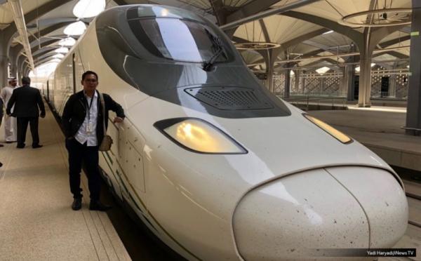 https: img-k.okeinfo.net content 2018 08 12 320 1935488 arab-saudi-bangun-kereta-cepat-perkembangannya-seperti-apa-CiZYHSS8gf.jpg