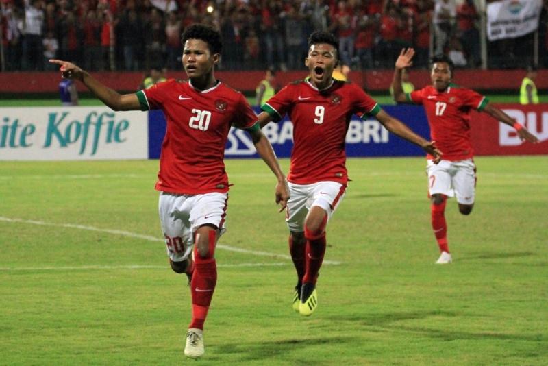 https: img-k.okeinfo.net content 2018 08 12 51 1935389 ini-komentar-bagus-kahfi-usai-timnas-indonesia-u-16-juara-piala-aff-u-16-2018-Cdfi8S70iA.jpg