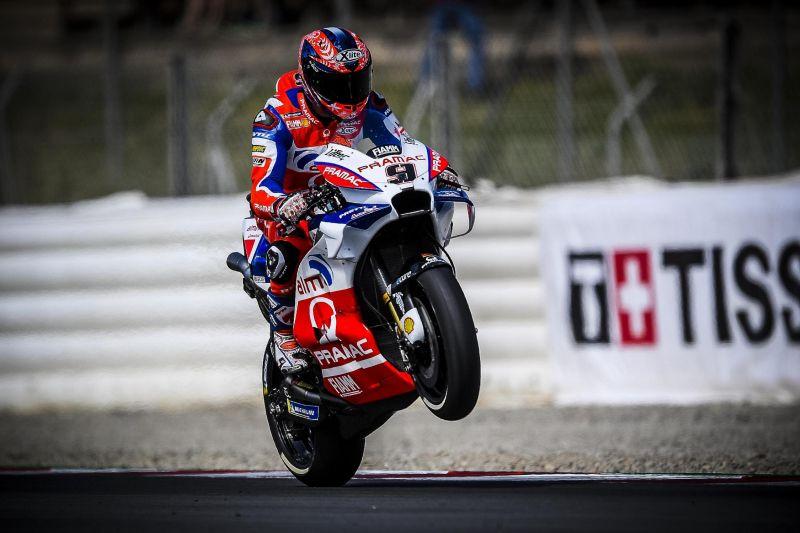 https: img-k.okeinfo.net content 2018 08 13 38 1935625 meski-gagal-raih-podium-petrucci-puas-dengan-hasil-balapan-di-motogp-austria-2018-tnxPNXvQE2.jpg
