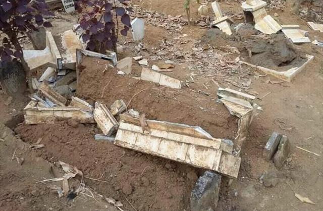 https: img-k.okeinfo.net content 2018 08 15 519 1937142 warga-desa-di-malang-gempar-sejumlah-makam-rusak-secara-misterius-M35C8fEcAC.jpg