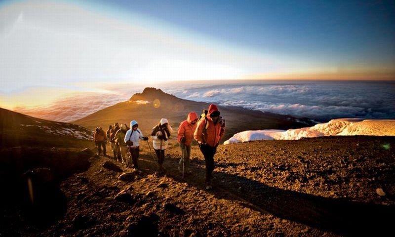 https: img-k.okeinfo.net content 2018 08 20 406 1938711 mengenal-caca-pendaki-cilik-penakluk-10-gunung-di-indonesia-OKTsD0SoxN.jpg