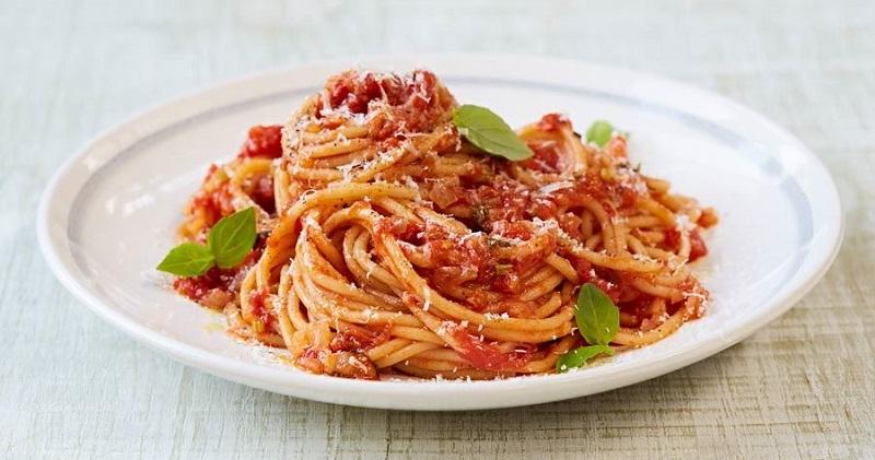 https: img-k.okeinfo.net content 2018 08 23 298 1940526 sedapnya-spaghetti-bolognese-klasik-untuk-sarapan-pagi-vH8MVDYAAo.jpg