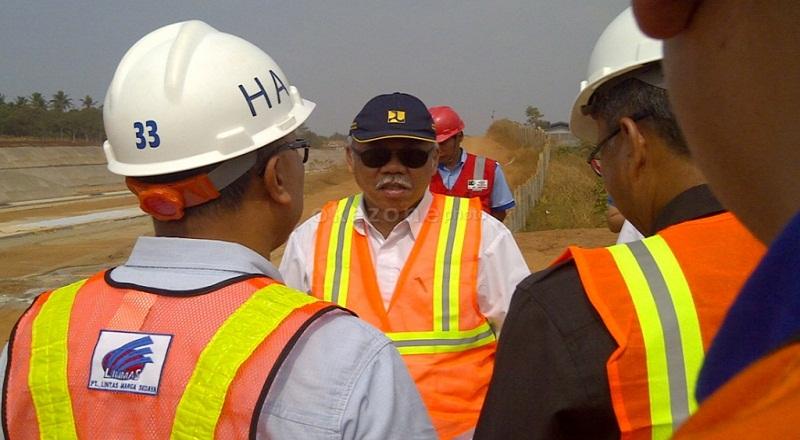 https: img-k.okeinfo.net content 2018 08 23 470 1940433 menteri-pupr-rekonstruksi-bangunan-pascagempa-lombok-dimulai-awal-september-UPBiPUXtpF.jpg