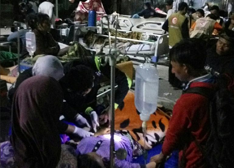 https: img-k.okeinfo.net content 2018 08 25 340 1941292 jumlah-korban-meninggal-dunia-pascagempa-lombok-bertambah-jadi-563-orang-w3dCnaRWhY.png