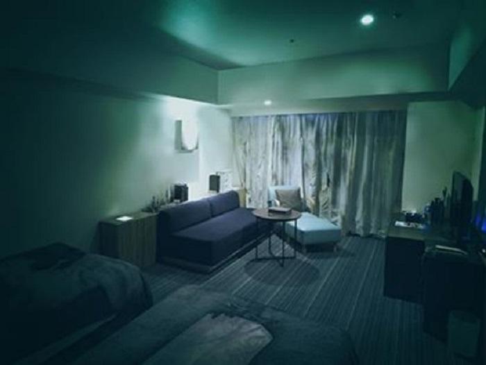 https: img-k.okeinfo.net content 2018 08 31 406 1944389 hotel-ini-tawarkan-suasana-angker-yang-bikin-merinding-berani-nginap-9g7KU8nUqf.jpg