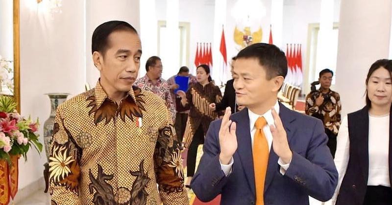 https: img-k.okeinfo.net content 2018 09 02 207 1944799 intip-foto-jack-ma-bertemu-dengan-presiden-jokowi-YYa1tm8Cwc.jpg