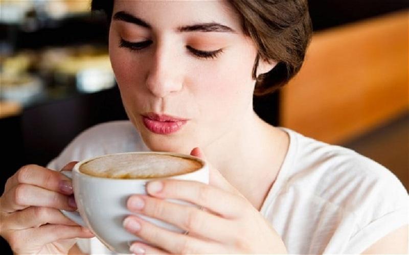 https: img-k.okeinfo.net content 2018 09 05 481 1946292 rutin-minum-kopi-dan-teh-jaga-gula-darah-tetap-stabil-3Ot5GdFc53.jpg