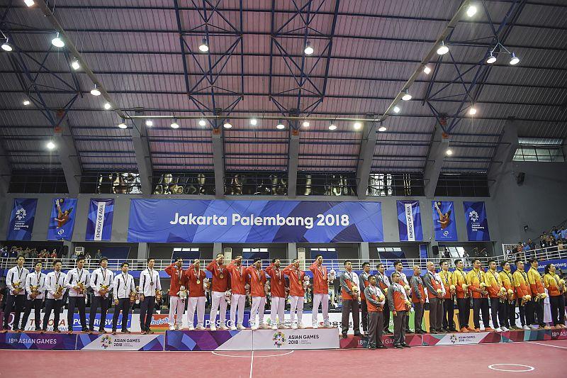 https: img-k.okeinfo.net content 2018 09 05 601 1946363 pdip-sukses-di-asian-games-indonesia-siap-jadi-tuan-rumah-olimpiade-dan-piala-dunia-MqVZwsE2zR.jpg