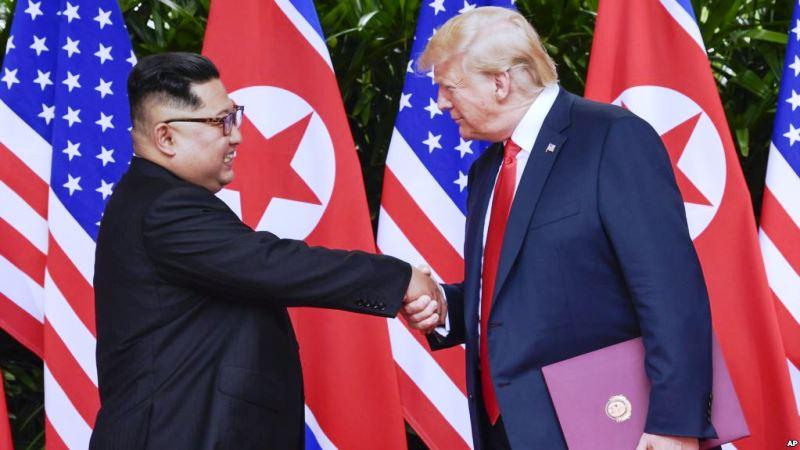 https: img-k.okeinfo.net content 2018 09 10 18 1948334 tak-pamer-senjata-nuklir-saat-parade-militer-donald-trump-puji-kim-jon-un-A2eA8y9HUo.jpg