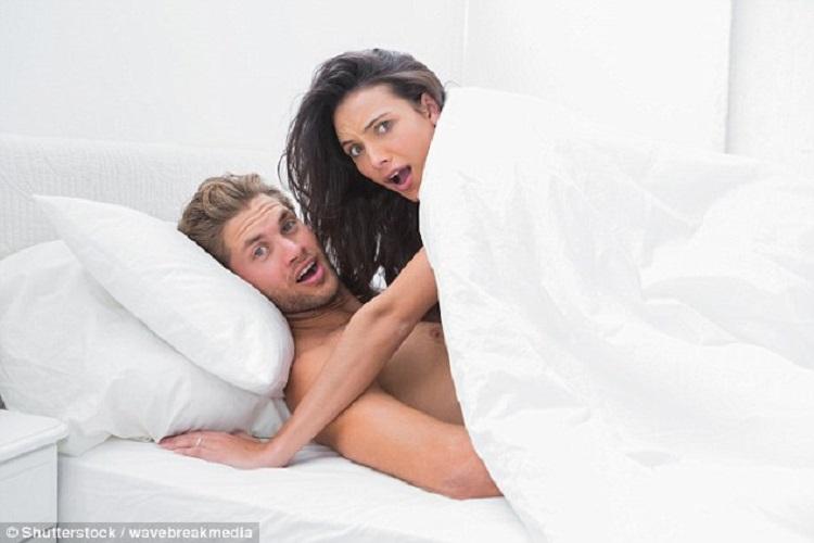 https: img-k.okeinfo.net content 2018 09 12 481 1949646 posisi-golden-arch-bikin-wanita-orgasme-lebih-menyenangkan-KUolwRnNxc.jpg