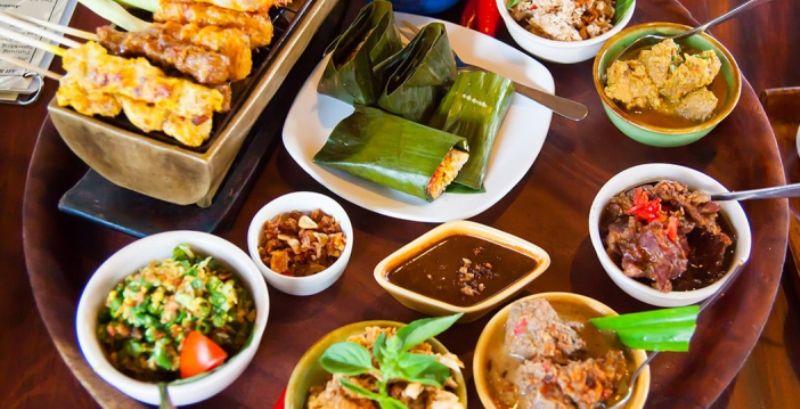 https: img-k.okeinfo.net content 2018 09 18 298 1952237 wonderful-indonesia-culinary-shopping-festival-jadi-ajang-promosi-kuliner-dan-produk-asli-indonesia-TJnshpwxGB.jpg