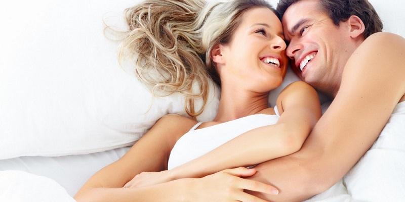 https: img-k.okeinfo.net content 2018 09 22 481 1954263 bumbui-dengan-8-jurus-ini-agar-hubungan-seks-tak-membosankan-YTxkG20cNv.jpg