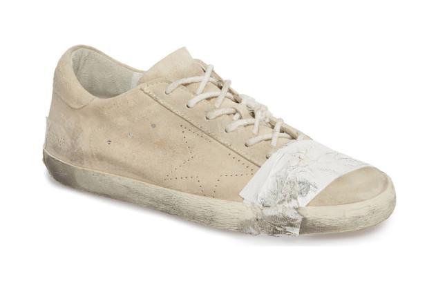 https: img-k.okeinfo.net content 2018 09 24 194 1954661 sepatu-buluk-ini-dihargai-rp7-juta-lebih-mau-membelinya-ZWf7GqCUMs.jpg