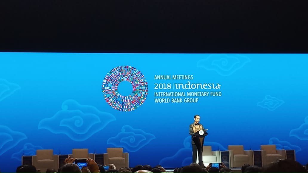 https: img-k.okeinfo.net content 2018 10 11 320 1962758 dukung-fintech-presiden-jokowi-bakal-tiru-langkah-bill-clinton-B4Eq5tiTZ9.jpeg