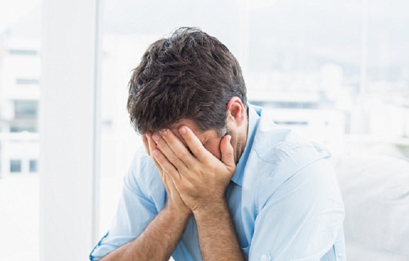 https: img-k.okeinfo.net content 2018 10 11 481 1962634 waduh-ternyata-pria-lebih-rentan-mengalami-depresi-JVqTBQsJhM.jpg
