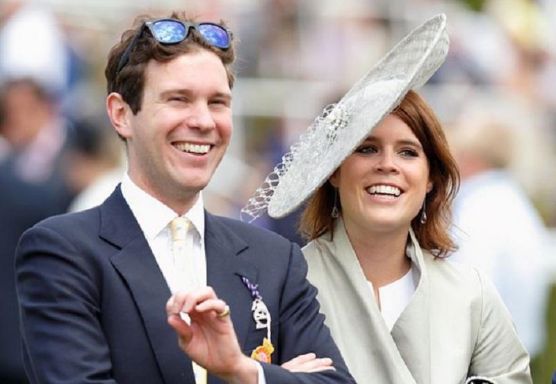https: img-k.okeinfo.net content 2018 10 12 196 1963241 naomi-campbell-hingga-mantan-kekasih-pangeran-harry-hadiri-royal-wedding-putri-eugenie-bwhkoKnmAd.jpg