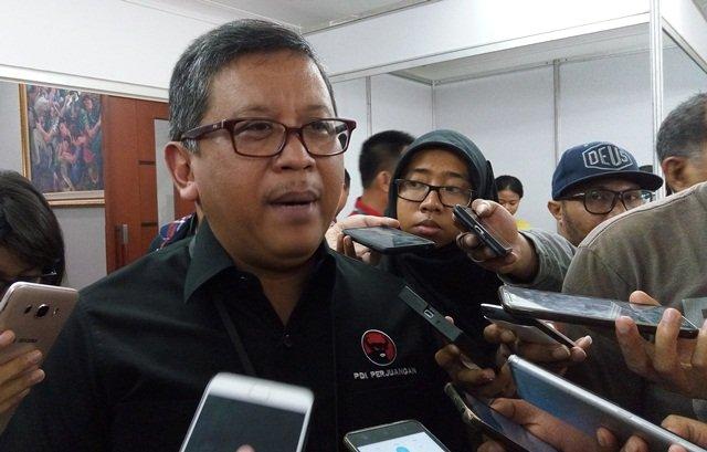https: img-k.okeinfo.net content 2018 10 12 605 1963204 prabowo-sebut-indonesia-terapkan-sistem-ekonomi-kebodohan-pdip-dia-pura-pura-lupa-sejarah-D2niMhK5aW.jpg