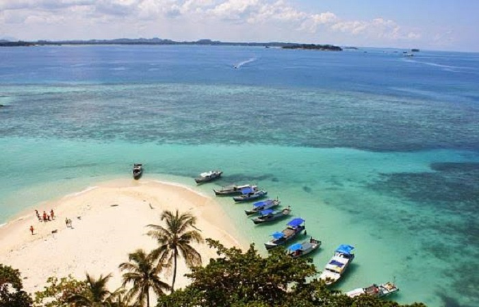 https: img-k.okeinfo.net content 2018 10 13 406 1963670 12-traveler-dunia-akan-explore-wisata-di-kayong-utara-kalbar-RFx4nNVPrR.jpeg