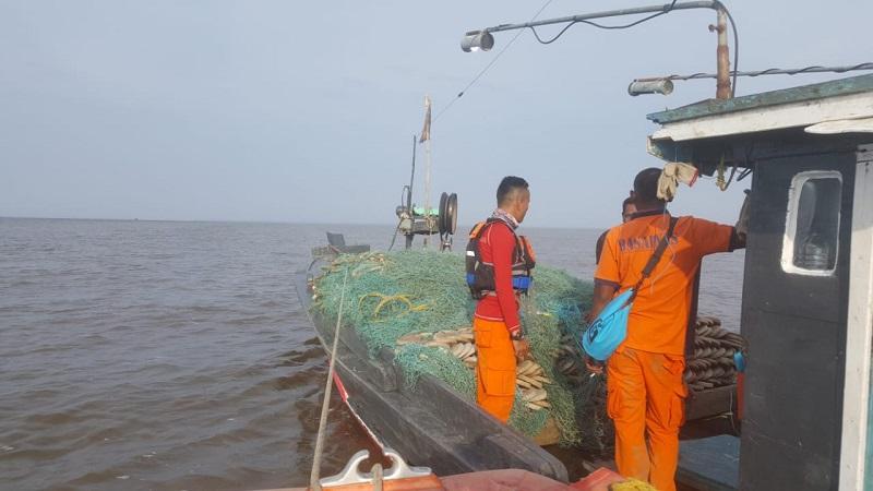 https: img-k.okeinfo.net content 2018 10 14 340 1963819 dilaporkan-hilang-longboat-bermuatan-25-orang-di-papua-telah-ditemukan-masyarakat-ZbFCrfdkCo.jpg