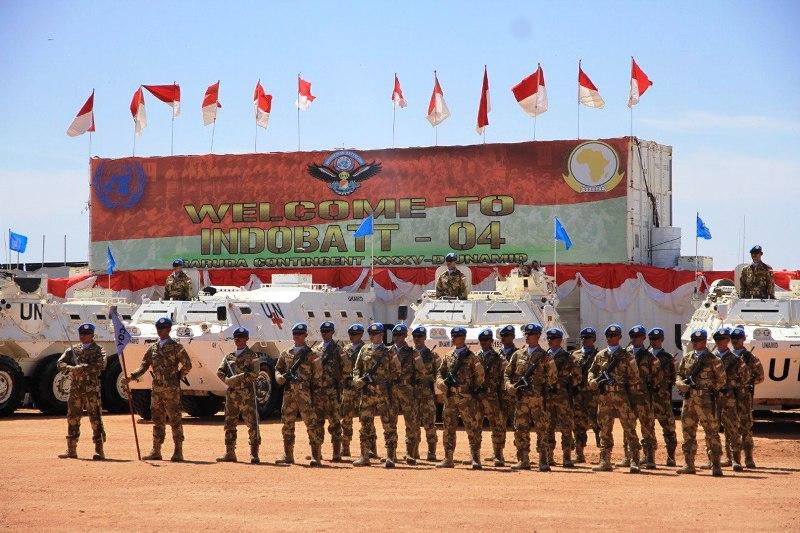 https: img-k.okeinfo.net content 2018 11 08 337 1975303 pbb-berikan-penghargaan-untuk-pasukan-perdamaian-tni-di-sudan-yYCXd0TDPs.jpg