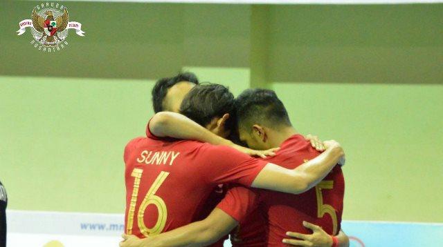 https: img-k.okeinfo.net content 2018 11 09 51 1975351 jadwal-semifinal-indonesia-vs-thailand-di-semifinal-piala-aff-futsal-2018-cuQ0V1lsgR.jpg