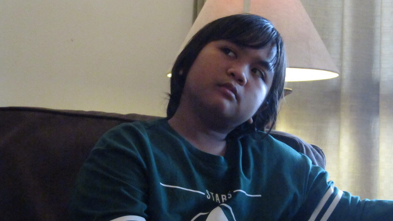 https: img-k.okeinfo.net content 2018 11 09 598 1975678 gogo-kenang-momen-bersama-mendiang-ibunda-di-panggung-indonesian-idol-junior-MY3PsF7yMl.jpg