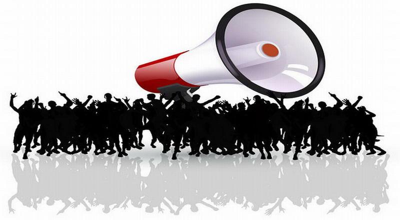 https: img-k.okeinfo.net content 2018 11 10 609 1975846 oknum-mahasiswa-robohkan-pagar-kejati-sulsel-saat-demonstrasi-Ye0o7kStxu.jpg