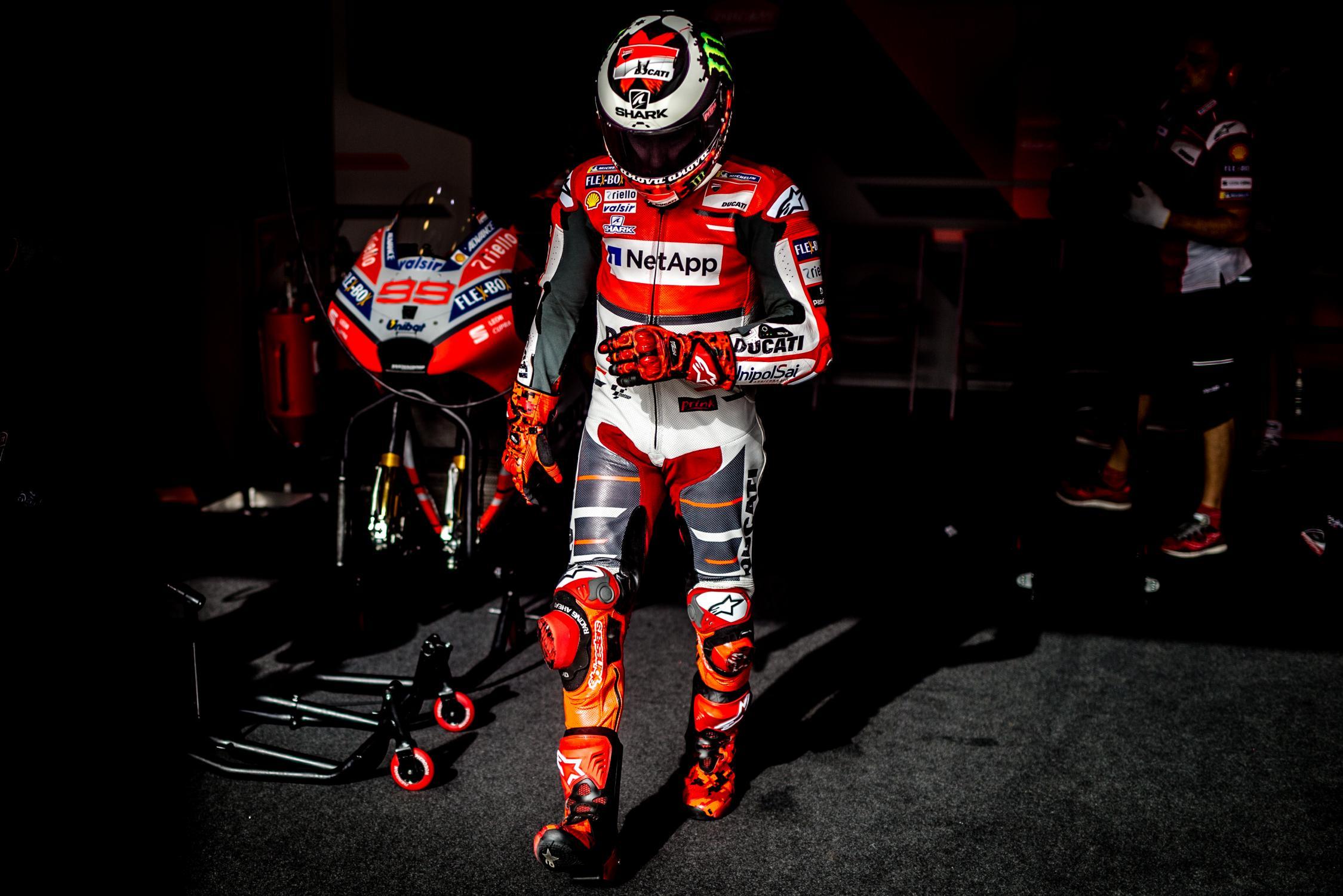 Lorenzo Ingin Pindah dari Ducati sejak Awal Musim Ini