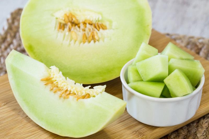 https: img-k.okeinfo.net content 2018 11 17 481 1979292 11-manfaat-makan-melon-setiap-hari-menurunkan-berat-badan-hingga-cegah-diabetes-fvlU63TeyI.jpg
