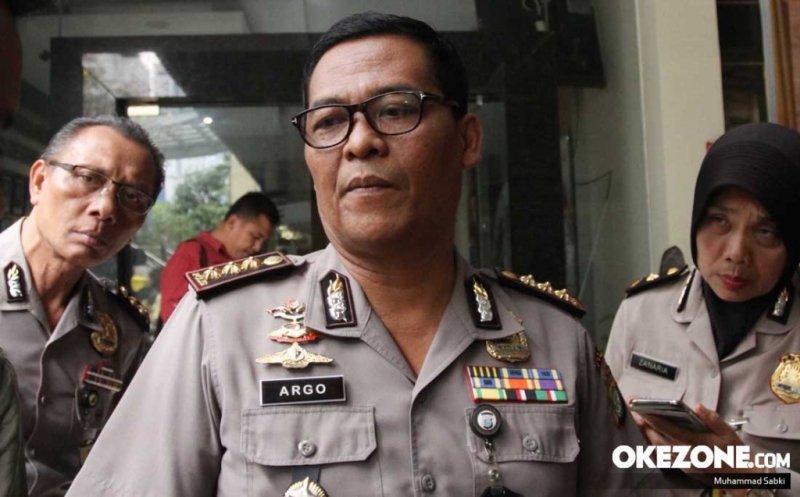 https: img-k.okeinfo.net content 2018 11 19 338 1979983 polisi-selidiki-dugaan-korupsi-acara-apel-pemuda-islam-indonesia-kemenpora-AVloWGr5CG.jpg