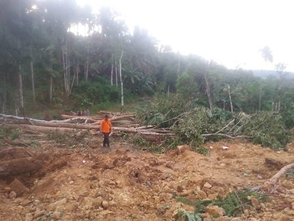 https: img-k.okeinfo.net content 2018 11 23 510 1981665 masuki-musim-hujan-6-kecamatan-di-gunungkidul-rawan-longsor-rTJO8uhAp0.jpg