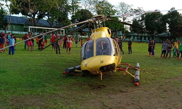https: img-k.okeinfo.net content 2018 11 28 609 1984158 alami-kerusakan-helikopter-mendarat-darurat-di-lapangan-markas-tni-jeneponto-4aIHYBtXgi.jpg