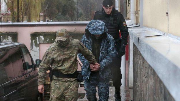 https: img-k.okeinfo.net content 2018 11 29 18 1984341 putin-tuding-ukraina-sengaja-picu-konfrontasi-laut-dengan-rusia-vDAqs6rudx.jpg