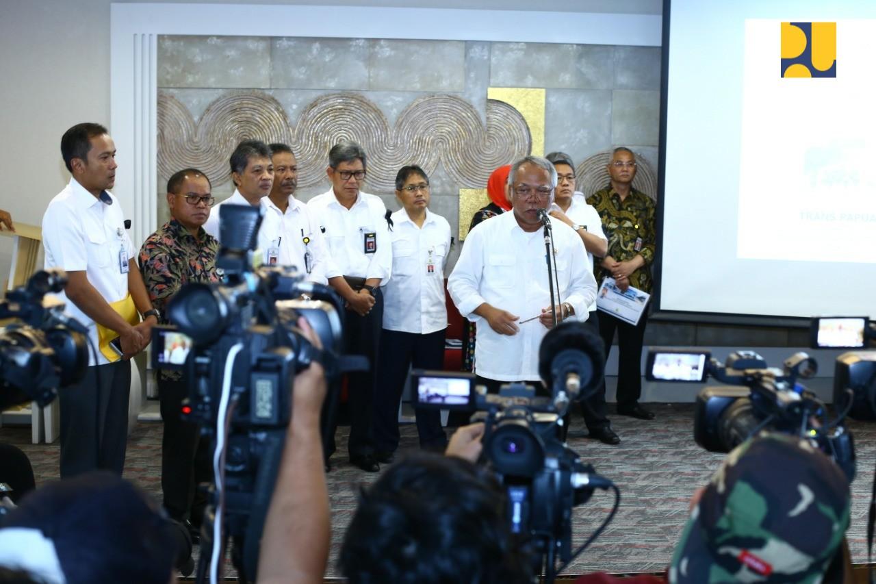 https: img-k.okeinfo.net content 2018 12 04 1 1986763 kementerian-pupr-nyatakan-sikap-atas-penembakan-para-pekerja-di-papua-aATmVpyMnN.jpg