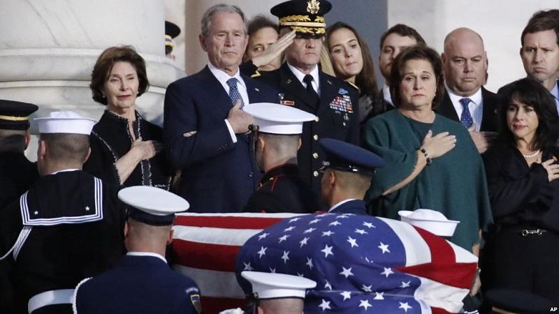 https: img-k.okeinfo.net content 2018 12 04 18 1986476 jenazah-george-hw-bush-disemayamkan-di-gedung-kongres-as-0Sx3IA7OGp.jpg
