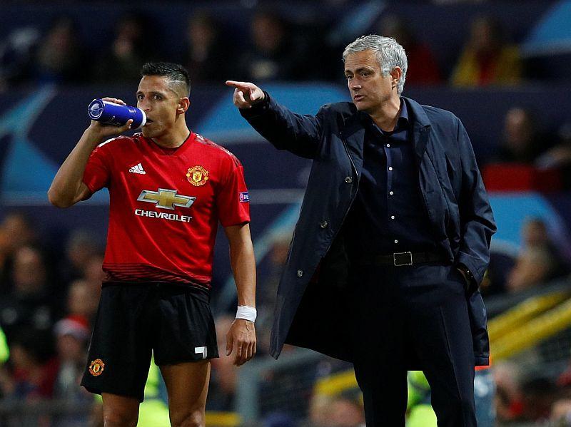 https: img-k.okeinfo.net content 2018 12 05 45 1986987 mourinho-sebut-keterpurukan-man-united-bukan-karena-perpecahan-FfklqMCj0n.JPG