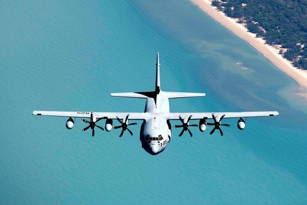 https: img-k.okeinfo.net content 2018 12 06 18 1987549 dua-pesawat-militer-as-jatuh-di-laut-jepang-enam-marinir-hilang-RIW9S0WCV0.jpg