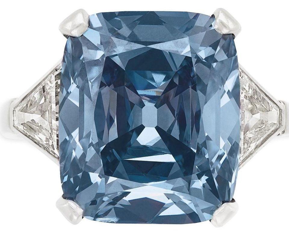 https: img-k.okeinfo.net content 2018 12 07 320 1988118 mau-punya-berlian-biru-terbaik-dunia-siapkan-dulu-rp265-miliar-8NyMrIfCkT.jpg