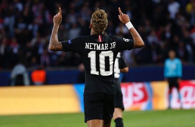 https: img-k.okeinfo.net content 2018 12 10 261 1989361 draxler-neymar-pemain-luar-biasa-bisa-bermain-di-posisi-mana-pun-CuzMsXLgkb.jpg