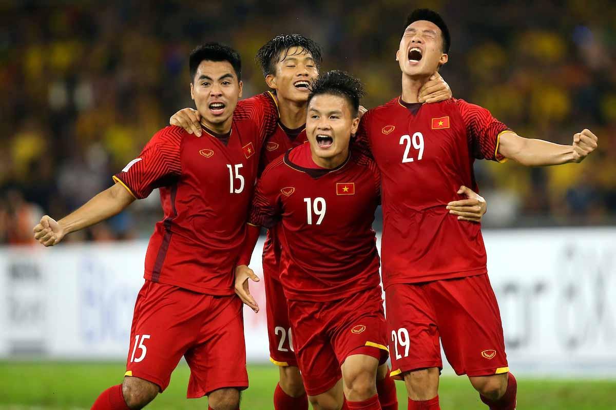 https: img-k.okeinfo.net content 2018 12 15 51 1991845 menang-tipis-atas-malaysia-vietnam-juara-piala-aff-2018-B3AoHILT80.jpg
