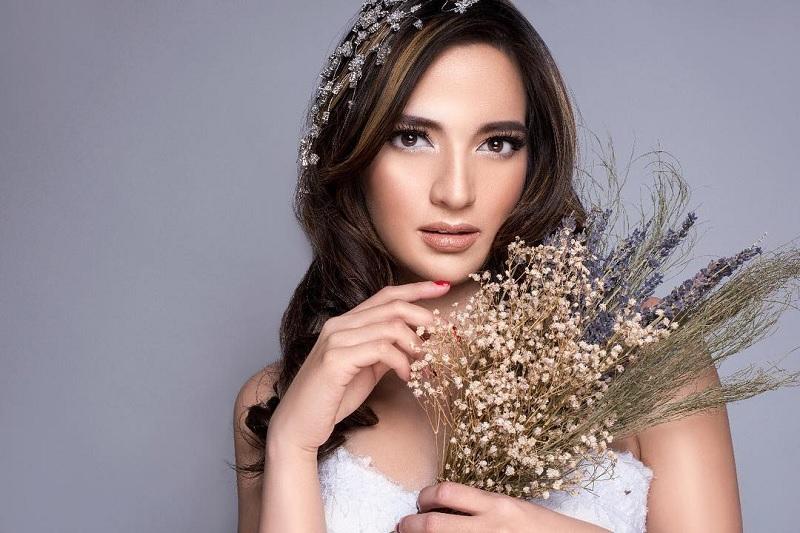 https: img-k.okeinfo.net content 2018 12 21 33 1994231 olla-ramlan-nia-ramadhani-akan-diperiksa-soal-kosmetik-ilegal-di-awal-2019-lZnqVZHkMG.jpg
